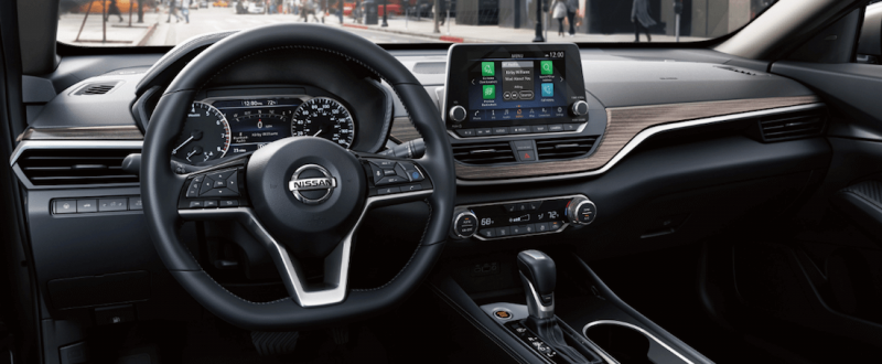 2020-Nissan-Altima-interior